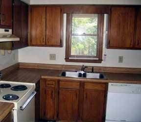 3 Bedrooms 2 Bathrooms Apartment for rent at 558-560 Brent Road in Raleigh, NC
