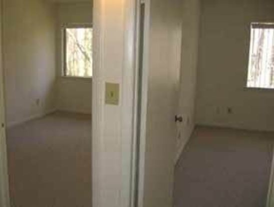 2 Bedrooms 1 Bathroom Apartment for rent at 1300 1322 Salterton Court in Raleigh, NC