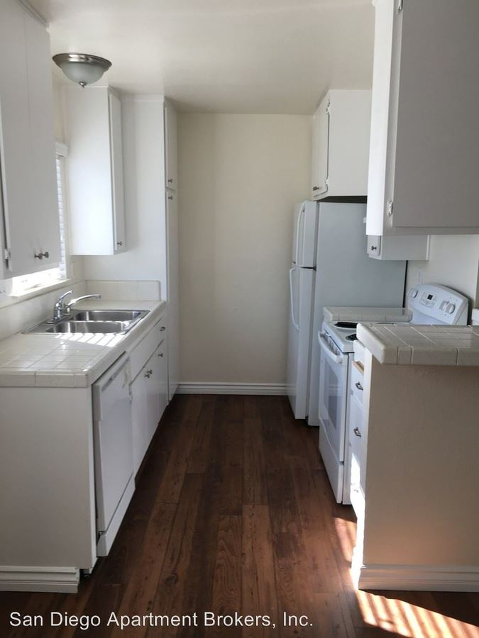 2 Bedrooms 1 Bathroom Apartment for rent at 390 S.mollison Ave in El Cajon, CA