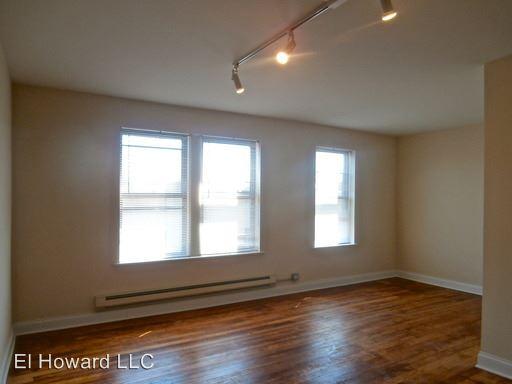 Studio 1 Bathroom Apartment for rent at 327 339 Howard in Evanston, IL