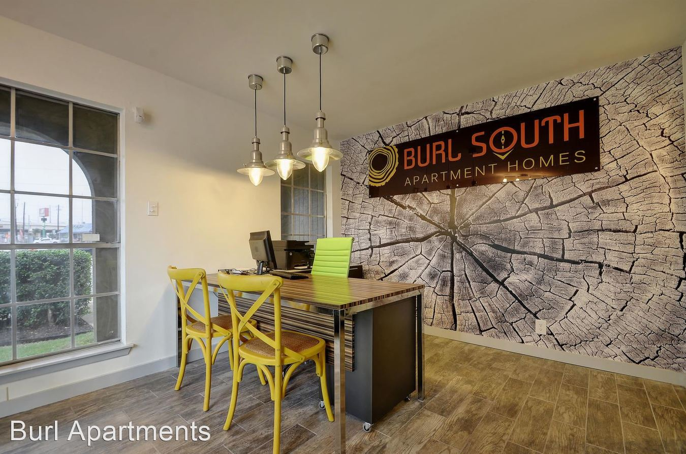 2 Bedrooms 1 Bathroom Apartment for rent at Burl North in Austin, TX