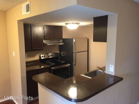 2 Bedrooms 1 Bathroom Apartment for rent at 719 N. Nigh St. in Austin, TX