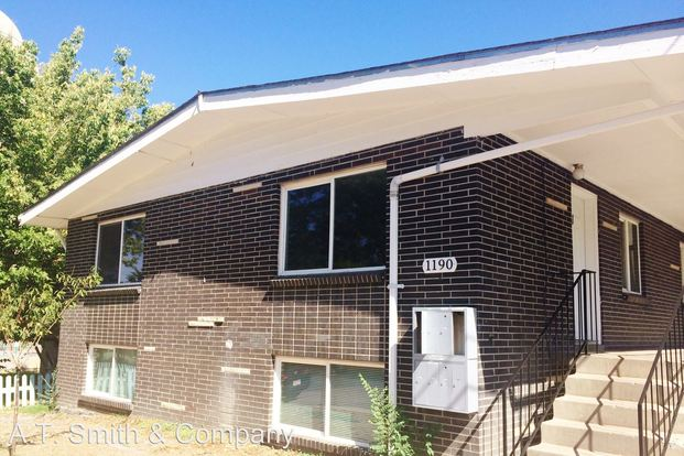 2 Bedrooms 1 Bathroom Apartment for rent at 1190 South Raritan Street in Denver, CO