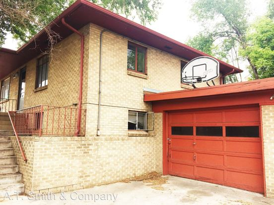 2 Bedrooms 1 Bathroom Apartment for rent at 3200 3206 Sheridan Blvd. in Denver, CO