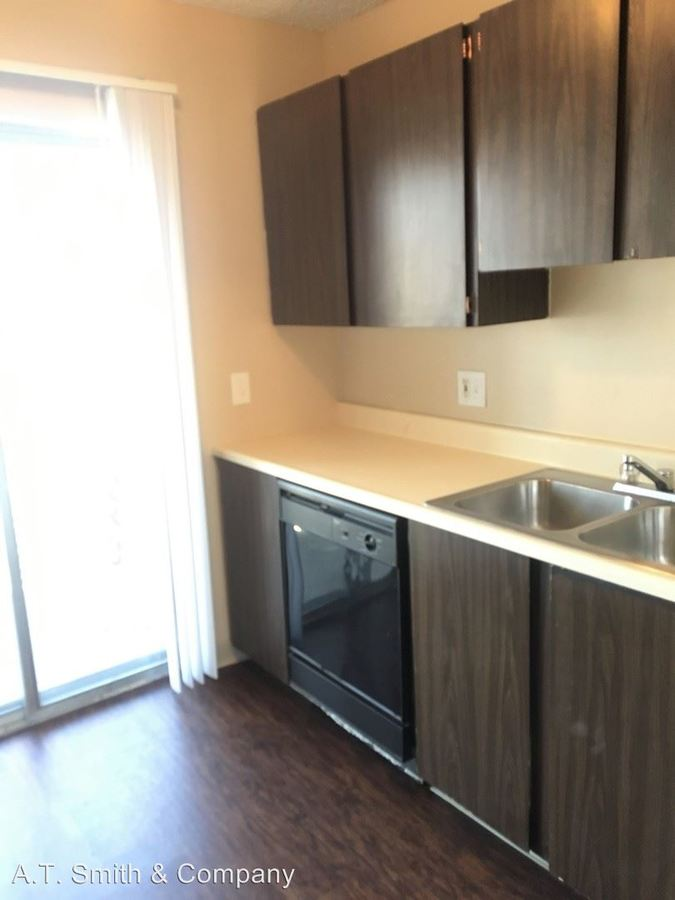 2 Bedrooms 1 Bathroom Apartment for rent at 10705 W. 7th Avenue in Lakewood, CO