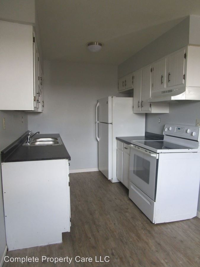 2 Bedrooms 1 Bathroom Apartment for rent at 634 S Main St Bldg B in New Castle, IN