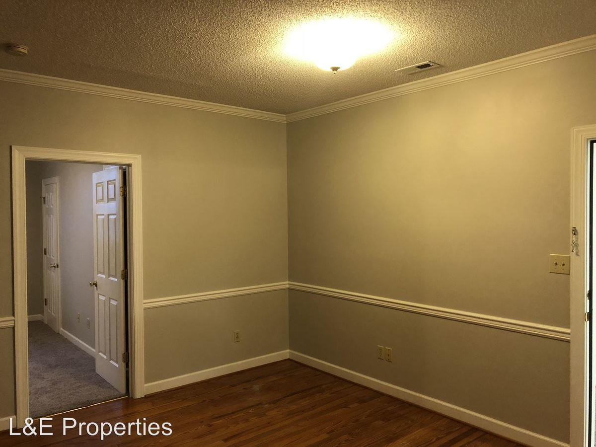 1 Bedroom 1 Bathroom Apartment for rent at 112 S Main Street in Clover, SC