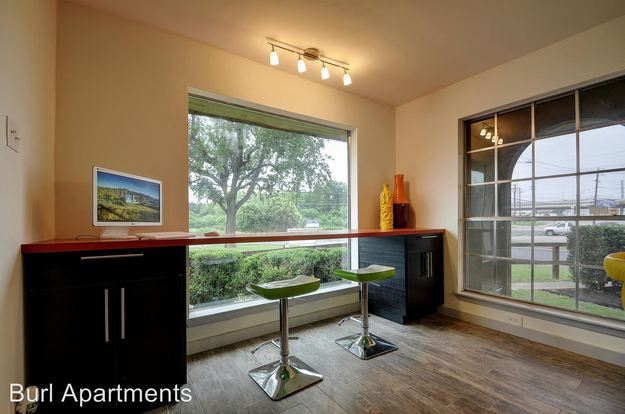 1 Bedroom 1 Bathroom Apartment for rent at 2414 Ventura Drive in Austin, TX