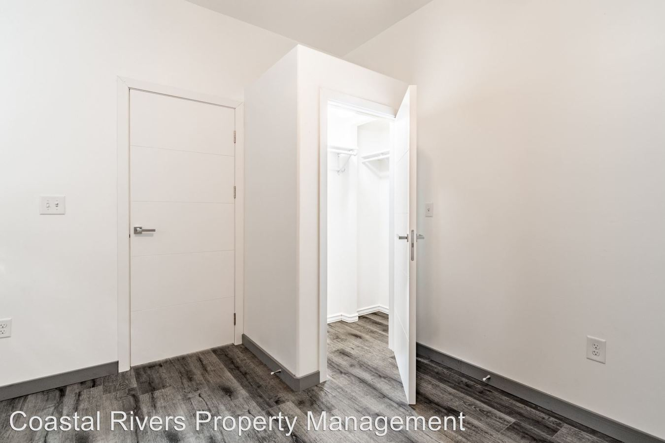 2 Bedrooms 1 Bathroom Apartment for rent at 121 E 2nd Street in Washington, NC