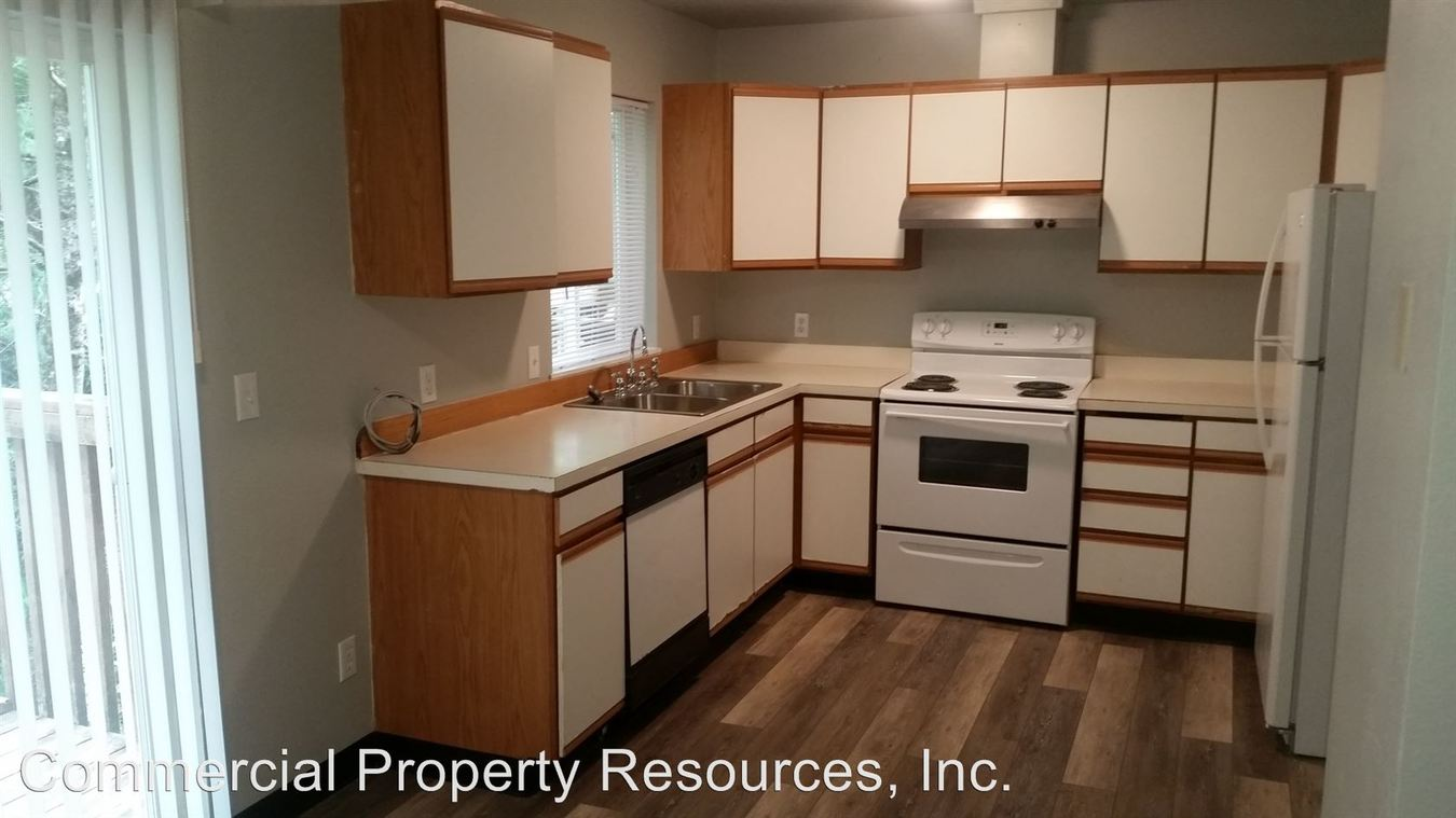 3 Bedrooms 2 Bathrooms Apartment for rent at Po Box 5517 131 Pine Street Ne 97301 in Salem, OR