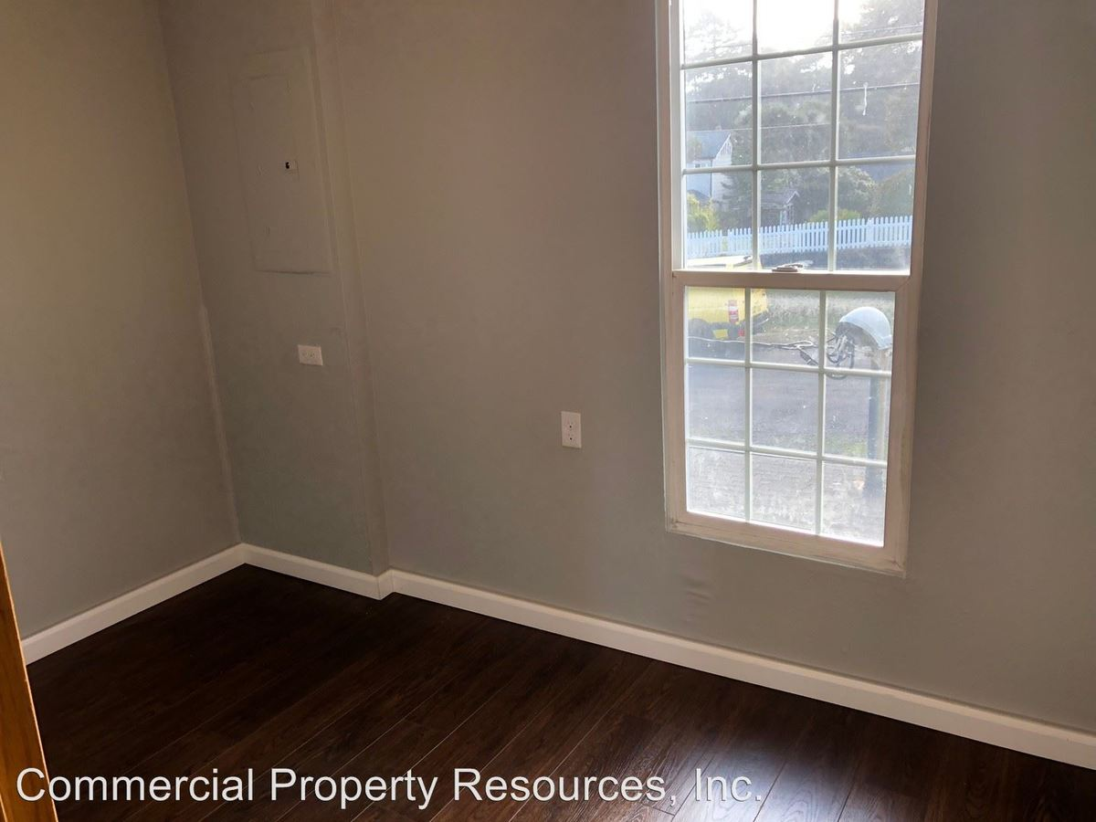 2 Bedrooms 1 Bathroom Apartment for rent at Po Box 5517 131 Pine Street Ne 97301 in Salem, OR