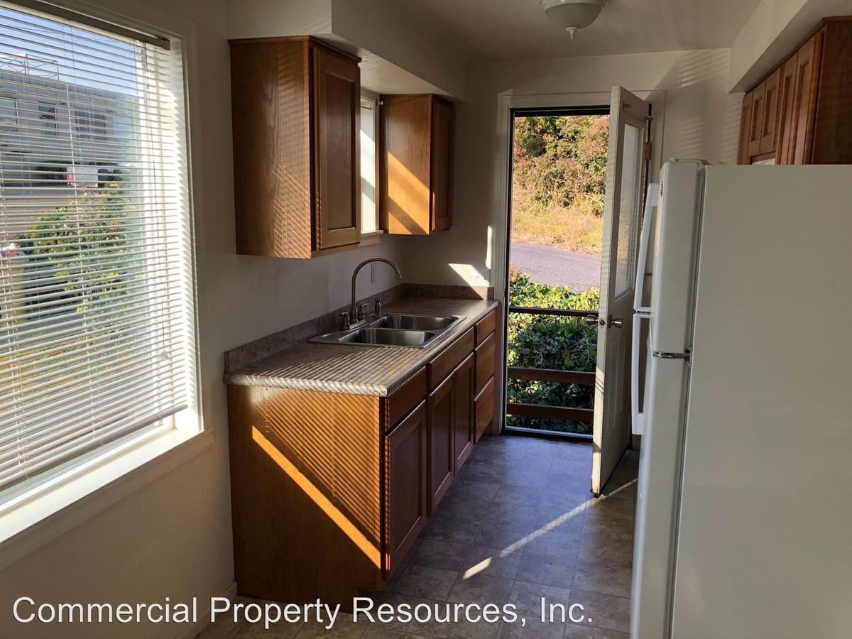 1 Bedroom 1 Bathroom Apartment for rent at Po Box 5517 131 Pine Street Ne 97301 in Salem, OR
