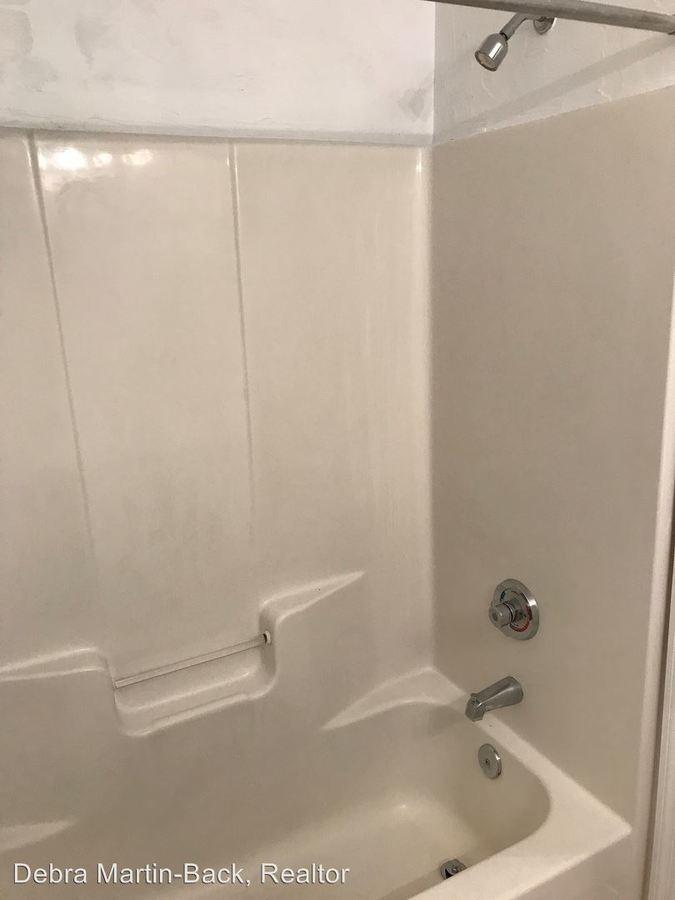 Studio 1 Bathroom Apartment for rent at 4000 Sw 23rd Street Unit 6-302 in Gainesville, FL