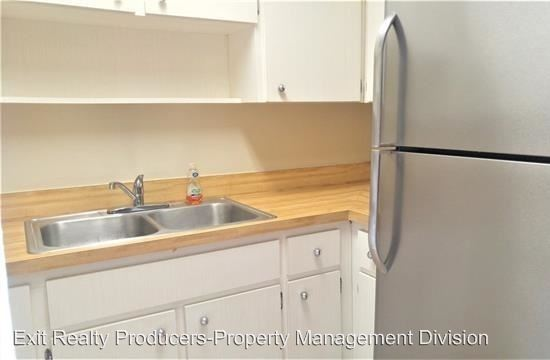 4 Bedrooms 1 Bathroom Apartment for rent at 914 Sw 8th Ave. in Gainesville, FL