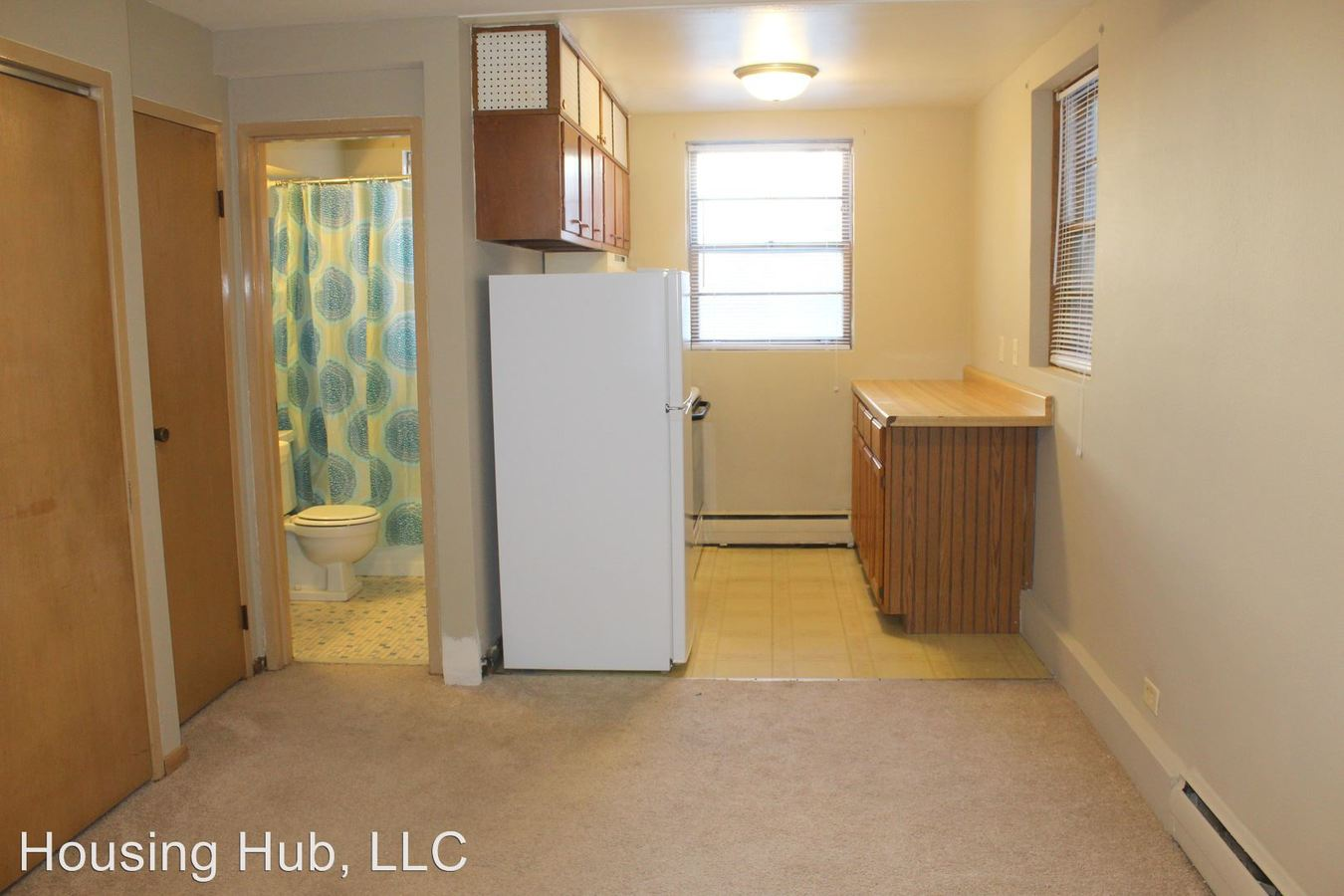 Studio 1 Bathroom Apartment for rent at 701 East 3rd St in St Paul, MN