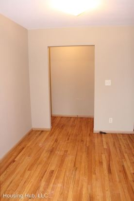 1 Bedroom 1 Bathroom Apartment for rent at 699 3rd St East in St Paul, MN