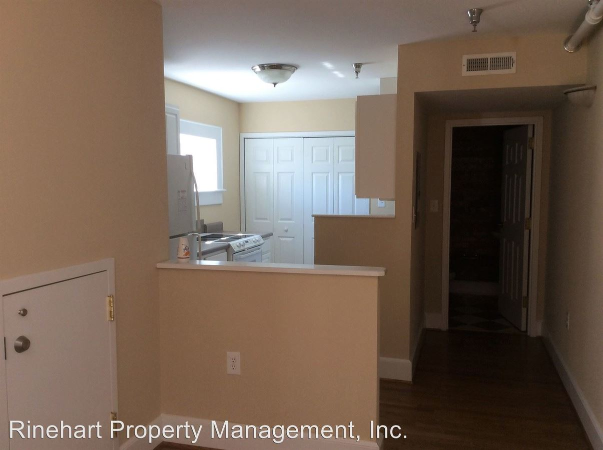 1 Bedroom 1 Bathroom Apartment for rent at 210 And 212 East Main Street in Rock Hill, SC