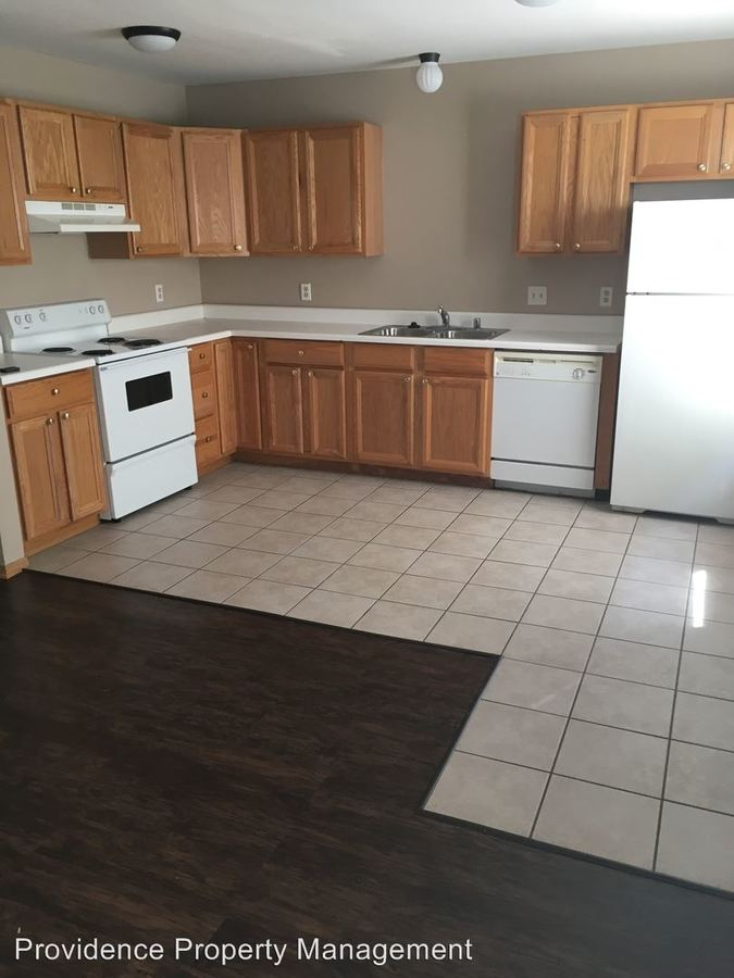 2 Bedrooms 2 Bathrooms Apartment for rent at 950-956 W Eagle St, Oakland, 825-845 in Fayetteville, AR