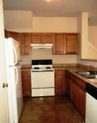 3 Bedrooms 2 Bathrooms Apartment for rent at 7814 Kingsbury Way in San Antonio, TX