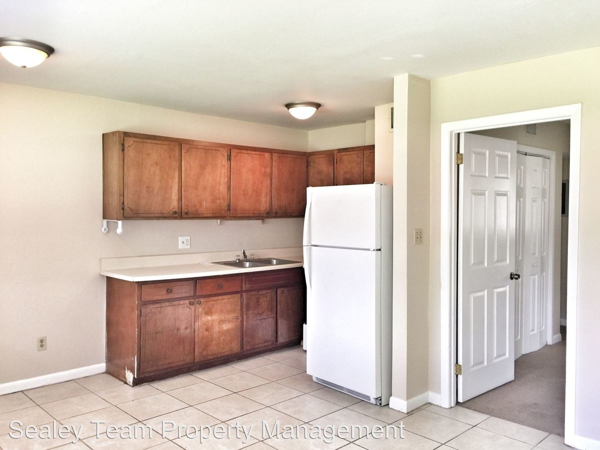 1 Bedroom 1 Bathroom Apartment for rent at 505 Shephard Street in Tallahassee, FL