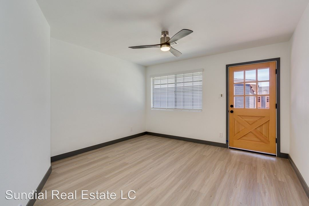 2 Bedrooms 1 Bathroom Apartment for rent at 3101-3107 N. 69th Pl. in Scottsdale, AZ