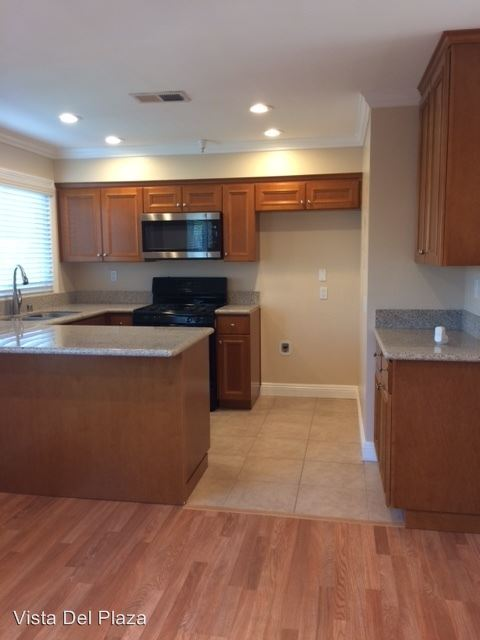 2 Bedrooms 2 Bathrooms Apartment for rent at 272 South Poplar Ave. in Brea, CA