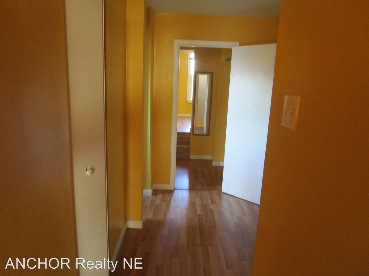2 Bedrooms 1 Bathroom Apartment for rent at 611 W. Norris St. in Philadelphia, PA