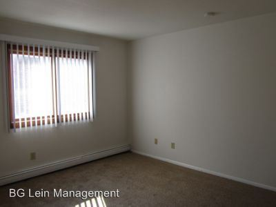 2 Bedrooms 1 Bathroom Apartment for rent at 630 S. Hawley Road 646 S. Hawley Road in Milwaukee, WI