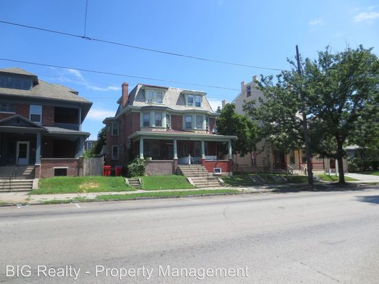 2 Bedrooms 1 Bathroom Apartment for rent at 825 Main St in Norristown, PA