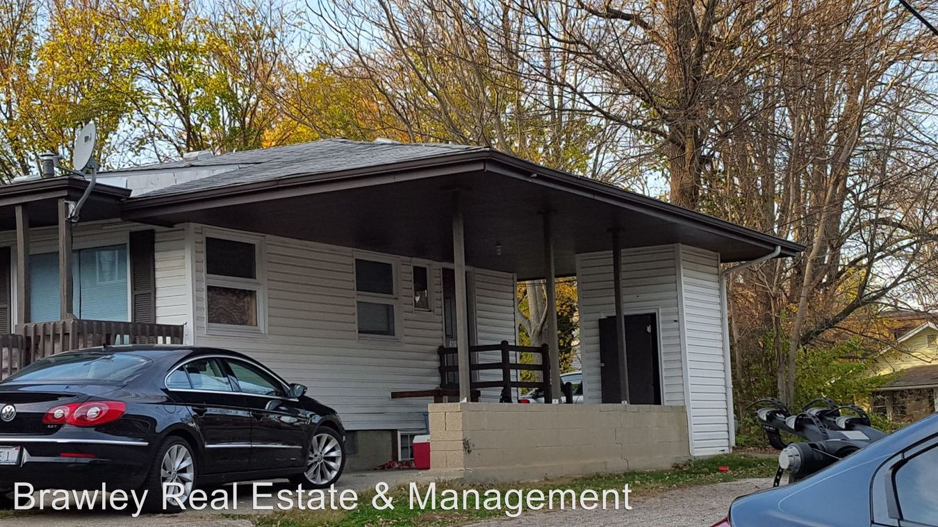 5 Bedrooms 2 Bathrooms Apartment for rent at 416 N. Lincoln St. in Bloomington, IN