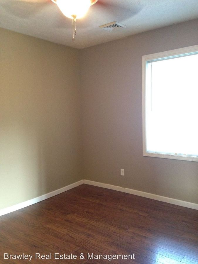 2 Bedrooms 1 Bathroom Apartment for rent at 416 N. Lincoln St. in Bloomington, IN