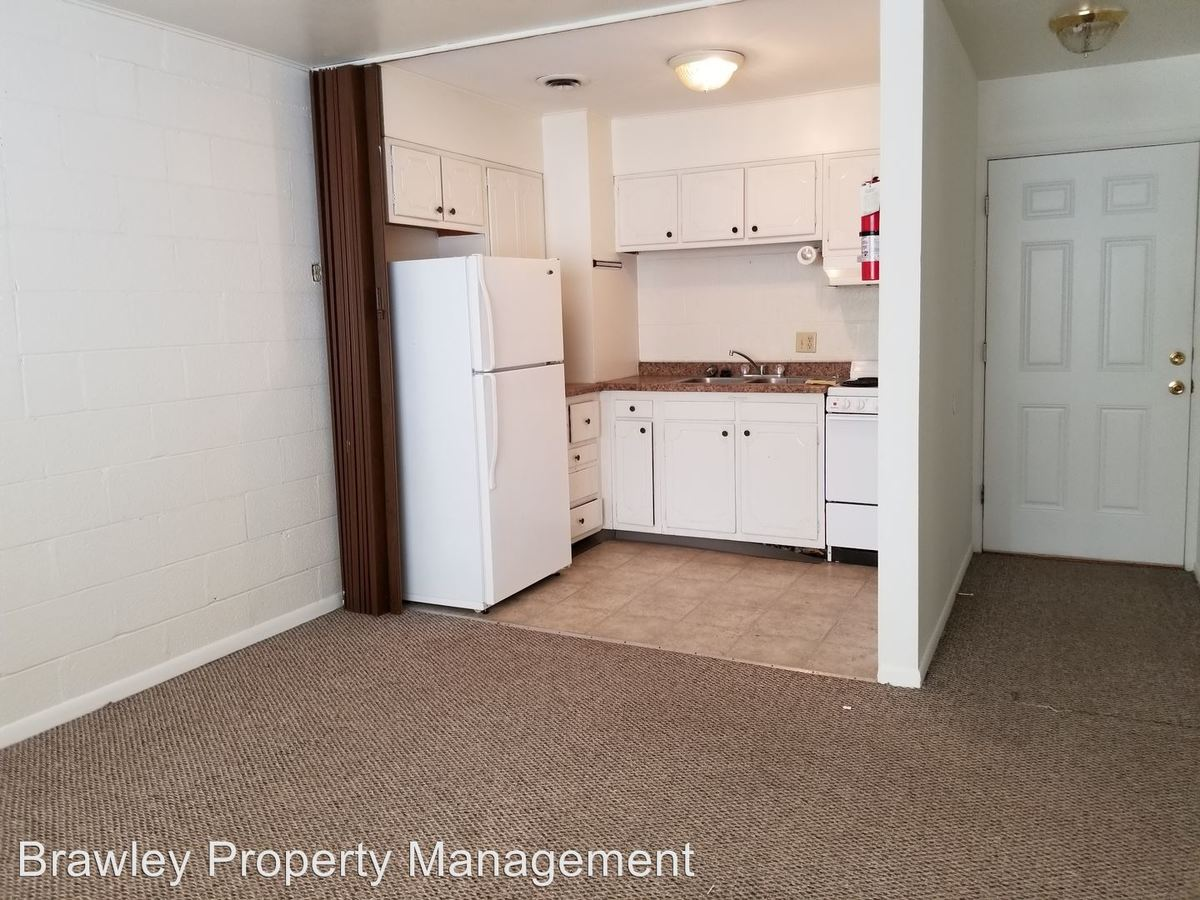 2 Bedrooms 1 Bathroom House for rent at 341, 351 S. Lincoln Street in Bloomington, IN