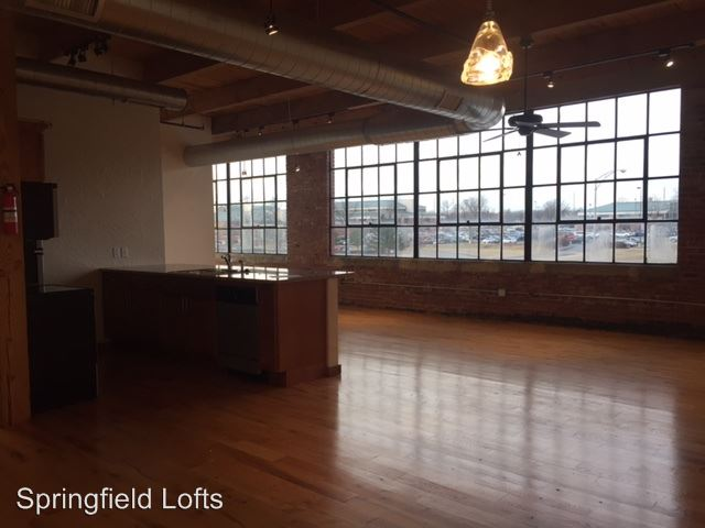 2 Bedrooms 2 Bathrooms Apartment for rent at 601 N. National in Springfield, MO