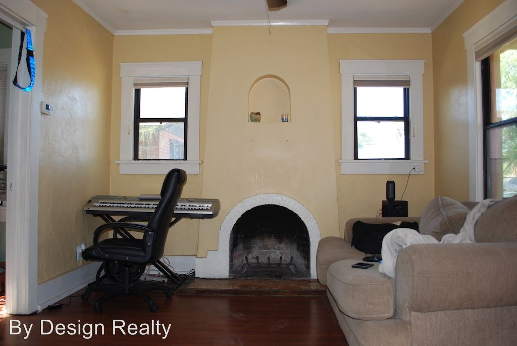 Similar Apartment at 203 S Cherry Ave