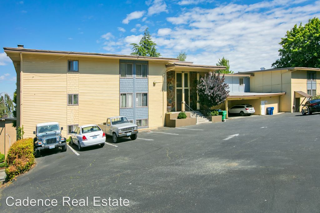 1 Bedroom 1 Bathroom Apartment for rent at 3539 27th Pl W in Seattle, WA