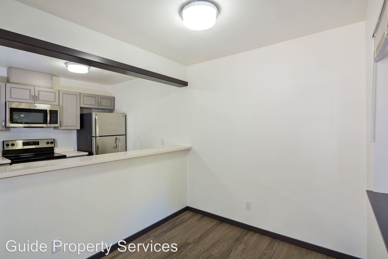 2 Bedrooms 1 Bathroom Apartment for rent at 6040 California Ave Sw in Seattle, WA