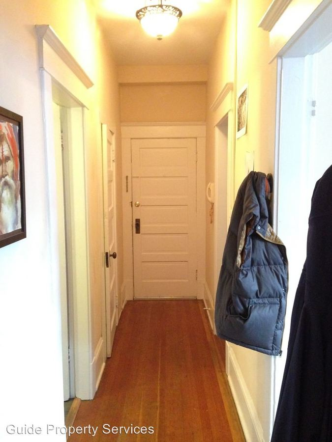 1 Bedroom 1 Bathroom Apartment for rent at 1019 E Pike St in Seattle, WA