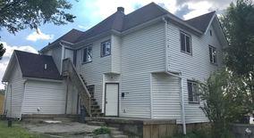 Similar Apartment at 1015 Laurel St.