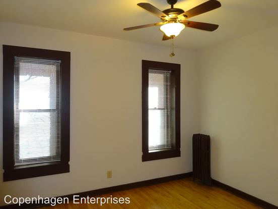 2 Bedrooms 1 Bathroom Apartment for rent at 26 Oak Grove Street in Minneapolis, MN