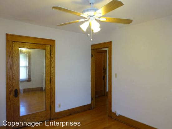 Studio 1 Bathroom Apartment for rent at 1728 3rd Avenue South in Minneapolis, MN
