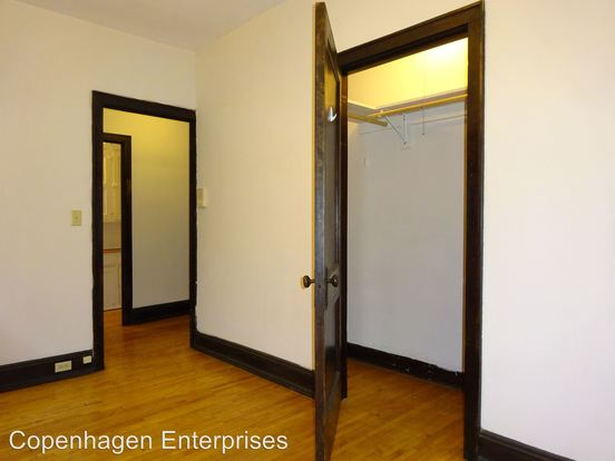 Studio 1 Bathroom Apartment for rent at 1530 La Salle Avenue in Minneapolis, MN