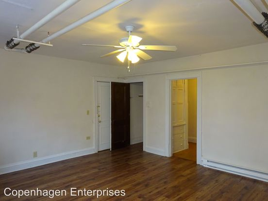 1 Bedroom 1 Bathroom Apartment for rent at 1815 First Avenue South in Minneapolis, MN