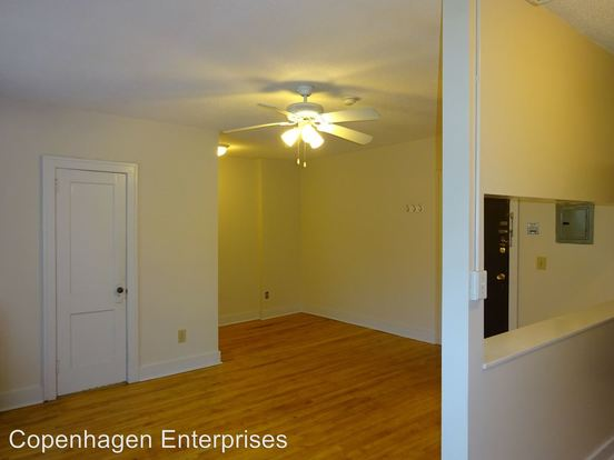 Studio 1 Bathroom Apartment for rent at 1706 Stevens Avenue South in Minneapolis, MN