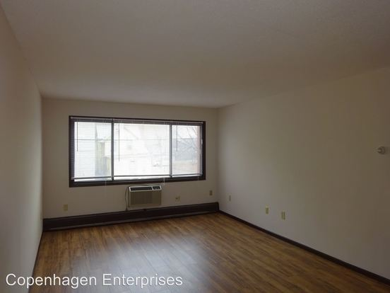 1 Bedroom 1 Bathroom Apartment for rent at 629 East 15th Street in Minneapolis, MN