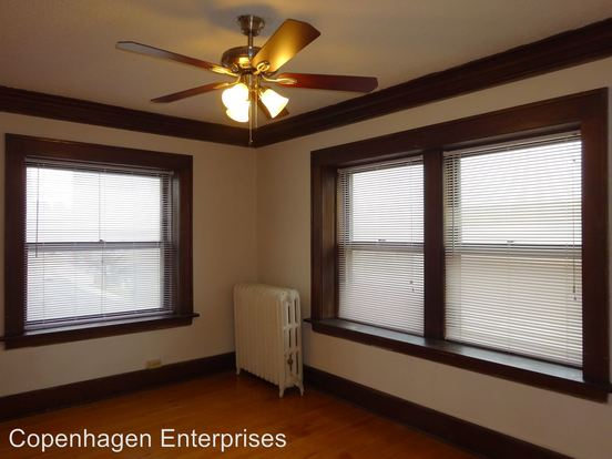 1 Bedroom 1 Bathroom Apartment for rent at 1728 3rd Avenue South in Minneapolis, MN