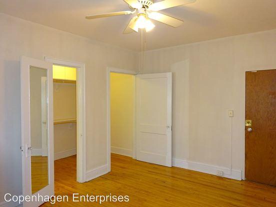 Studio 1 Bathroom Apartment for rent at 1525 La Salle Avenue in Minneapolis, MN