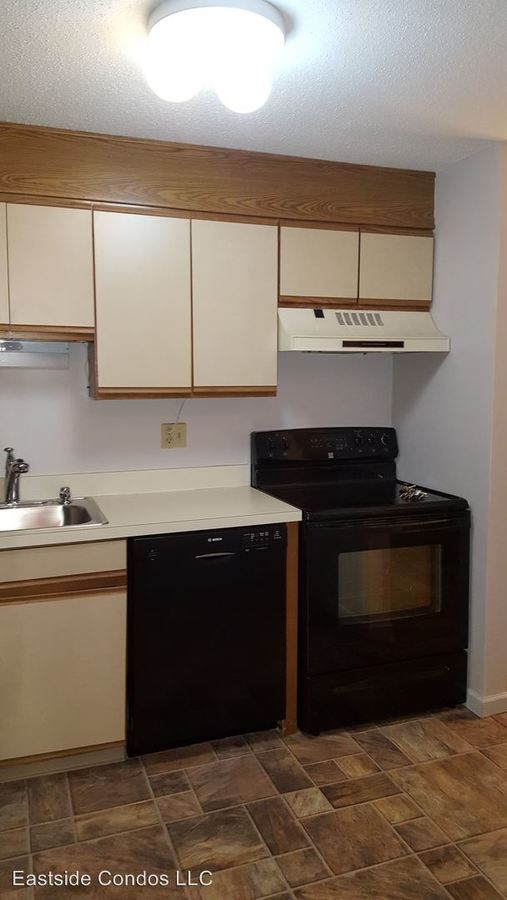1 Bedroom 1 Bathroom Apartment for rent at 366 Schraffts Drive in Waterbury, CT