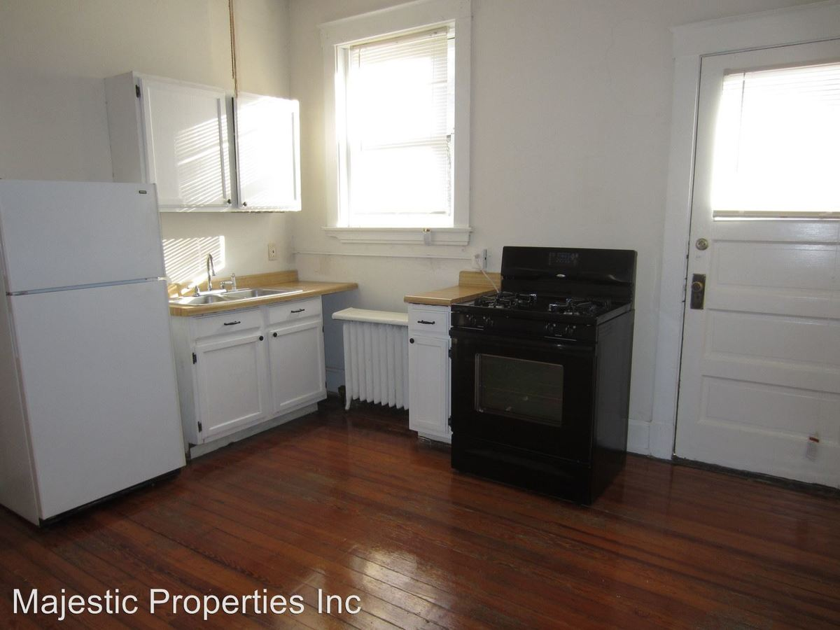 1 Bedroom 1 Bathroom Apartment for rent at 621-631 Clemmer Ave. in Cincinnati, OH