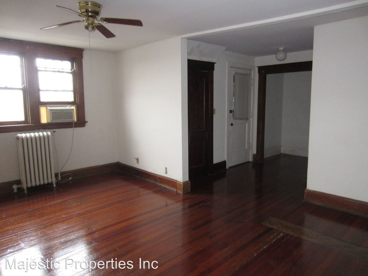 2 Bedrooms 1 Bathroom Apartment for rent at 621-631 Clemmer Ave. in Cincinnati, OH