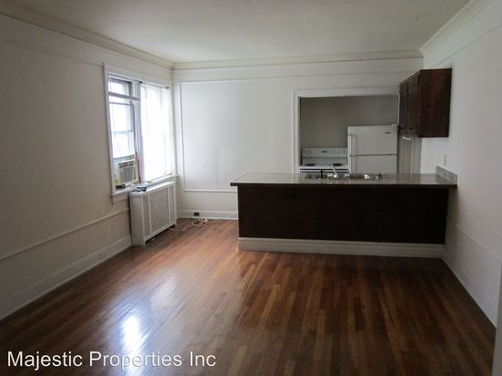 2 Bedrooms 1 Bathroom Apartment for rent at 2805 Stratford Ave. in Cincinnati, OH